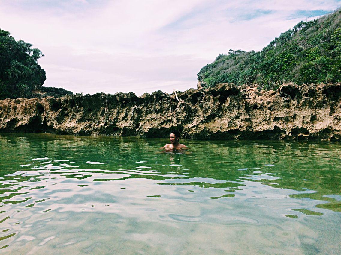 Kolam Pantai Batu Bengkung Malang Selatan Sigh Pinterest Bekung Kab