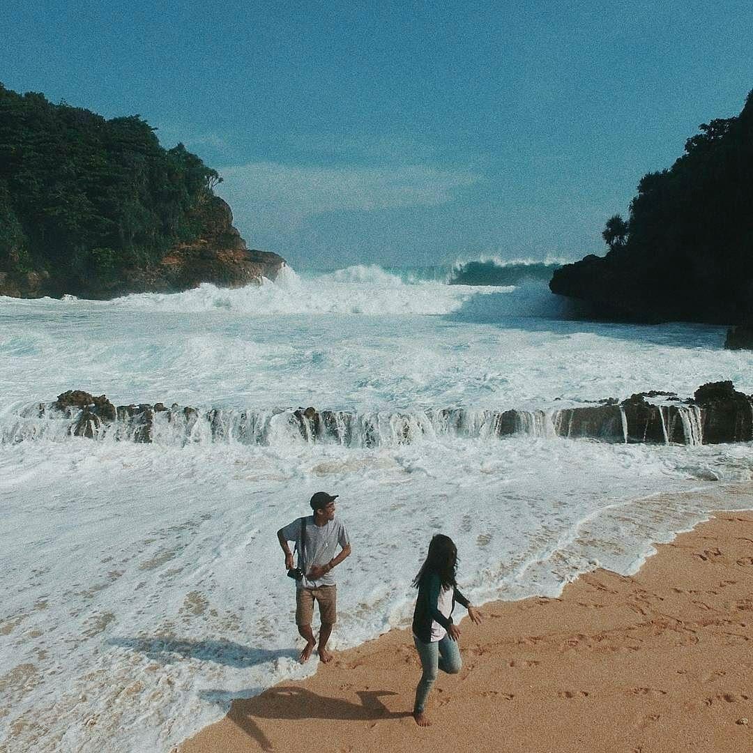 Linafahri Terimakasih Tawa Udaranya Loc Pantai Batu Bengkung Kab Malangbatu
