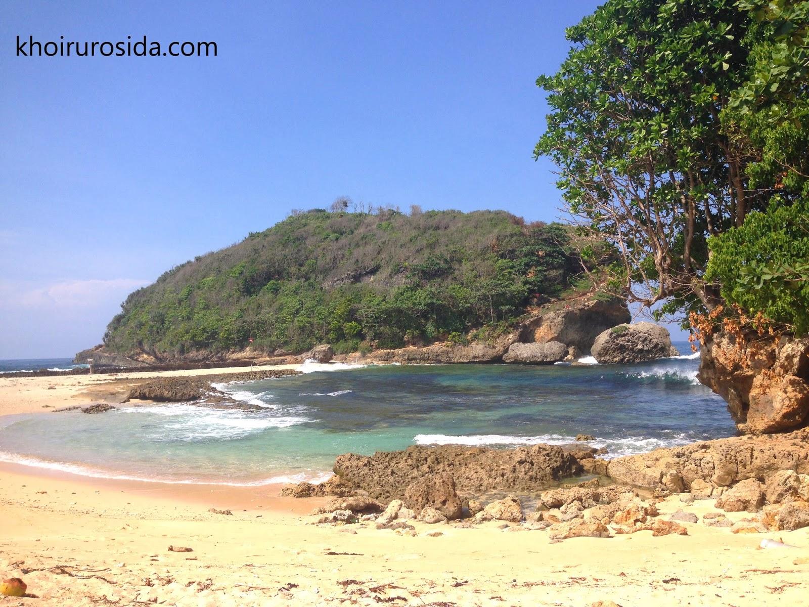 Pantai Batu Bengkung Malang Pemandangan Atas Tebing Bagus Lho Tapi