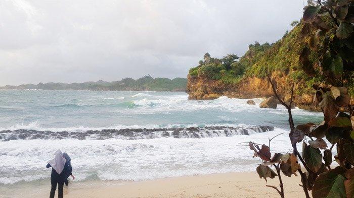 Pesona Pantai Batu Bengkung Tak Terbendung Surya Bekung Kab Malang