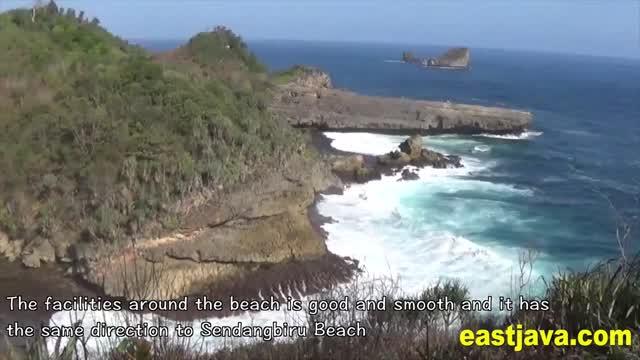 Uniknya Kolam Alami Pantai Batu Bengkung Malang Jawa Timur Lebih