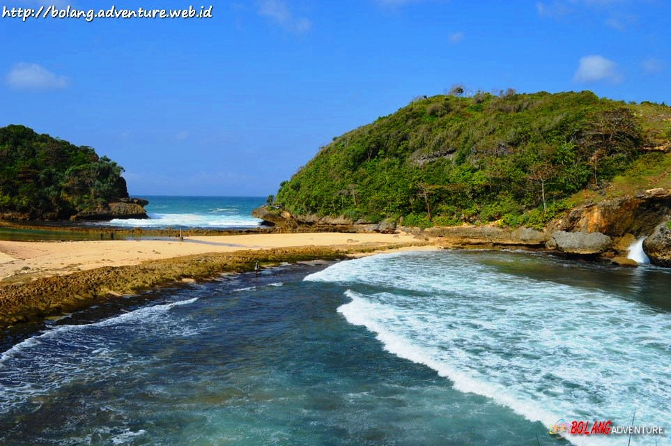 Wisata Pantai Jawa Timur Batu Bengkung Bekung Kab Malang
