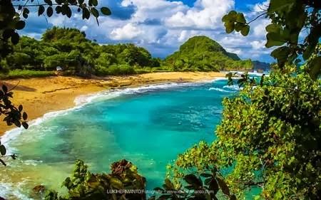 Berakhir Pekan Pantai Goa Cina Malang Tempat Wisata Terbaik China