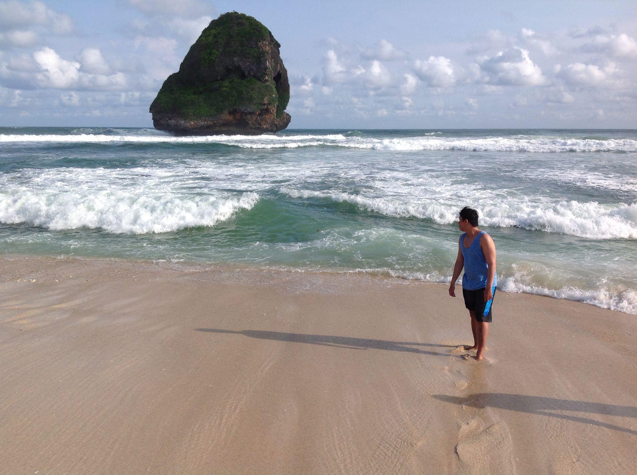Chinese Cave Beach Pantai Goa Cina Malang Indonesia Waves Sand