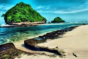 Eksotisme Pantai Goa China Wisata Jatim Alam Lainnya Bisa Dikunjungi