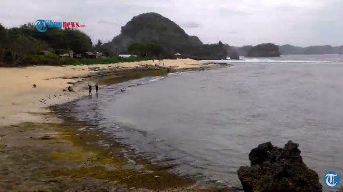 Menikmati Pesona Pantai Goa Cina Malang Selatan Tribunnews Foto Kabupaten