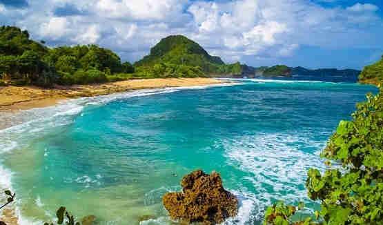 Nih 5 Pantai Keren Malang Wajib Dikunjungi Abimanyu Tour Goa