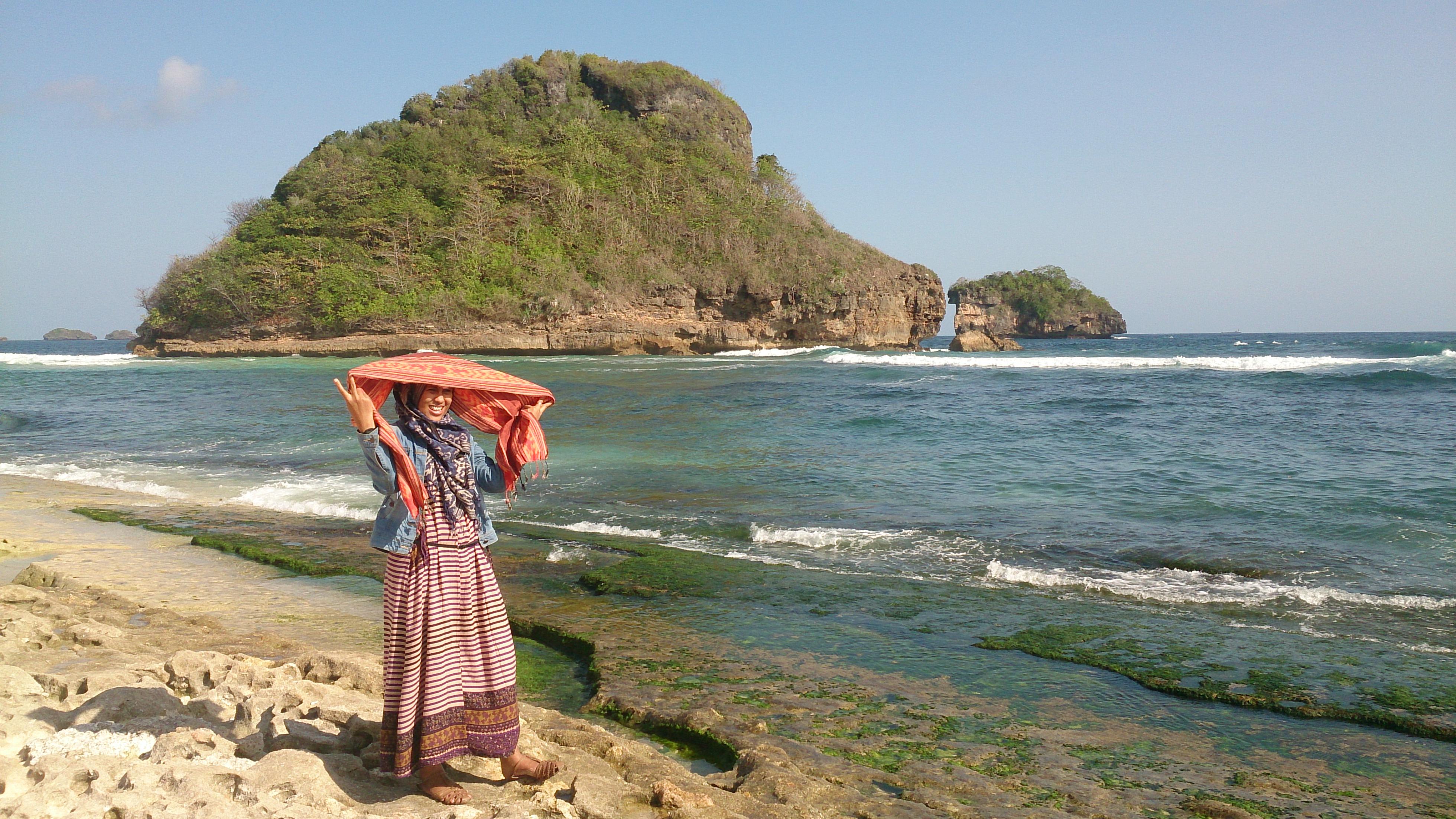 Pantai Goa Cina Jawa Timur Langit Bintang Mentari Kab Malang
