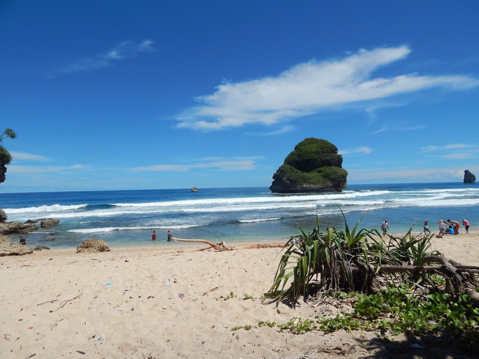 Pantai Goa Cina Kabupaten Malang Dunia Cerita Gebby Sandri 18