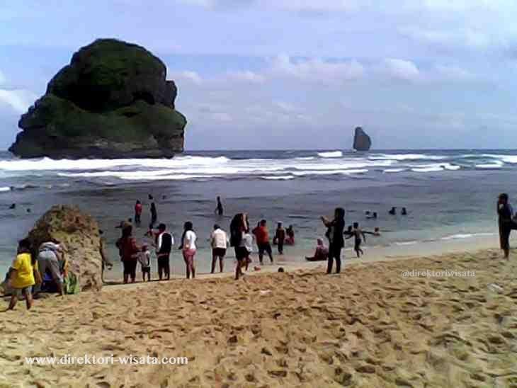 Pantai Goa Cina Malang Direktori Wisata Indonesia Www Kab