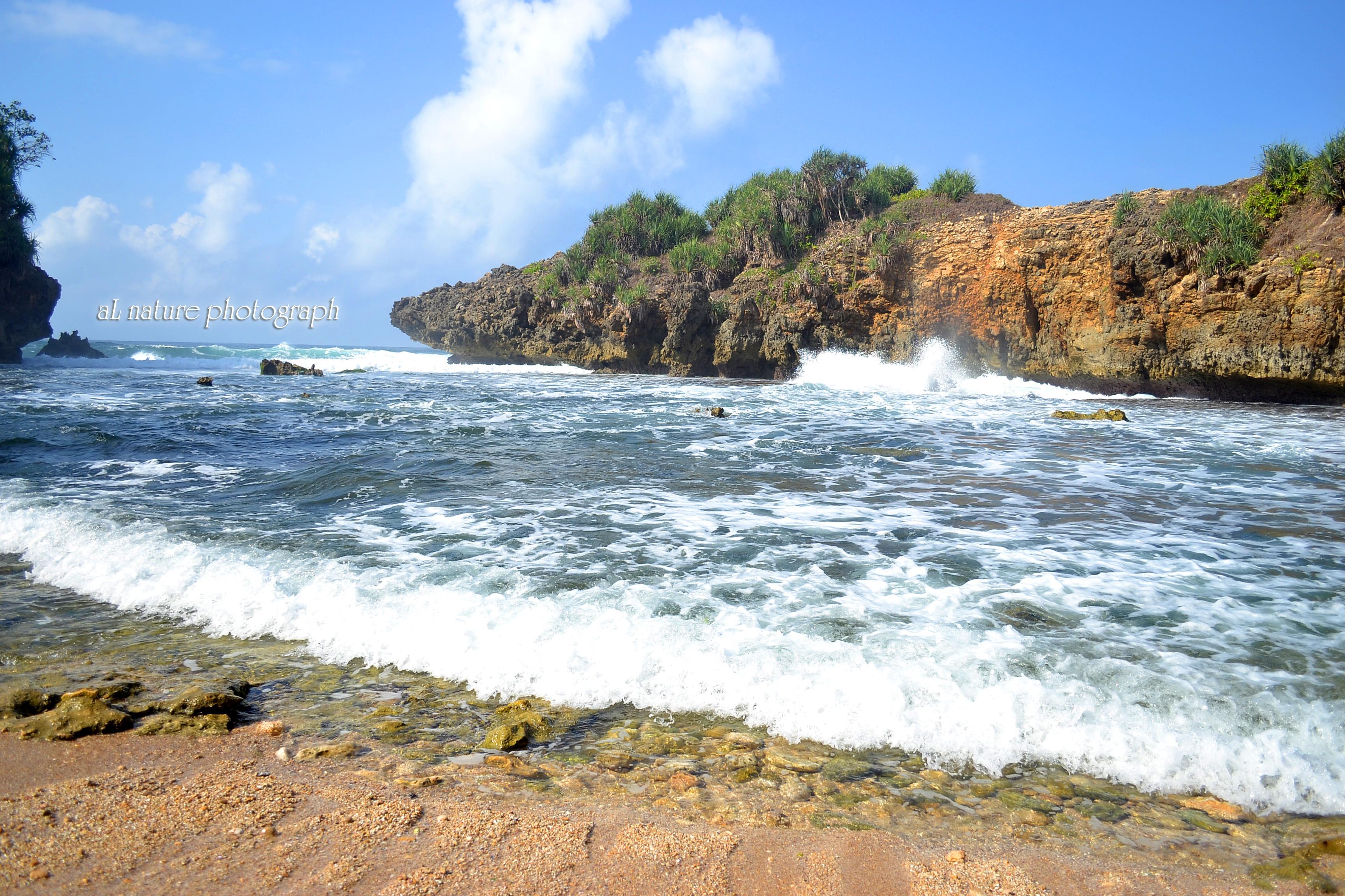 Jonggring Saloko Pantai 1001 Kesan Potensinya Terabaikan Pesisir Selatan Pulau