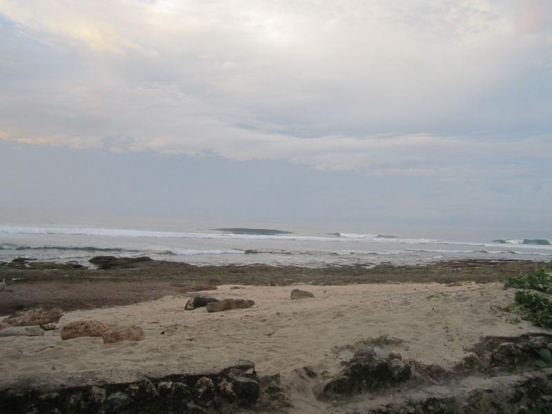 Menjelajah Pantai Jonggring Saloko Kab Malang