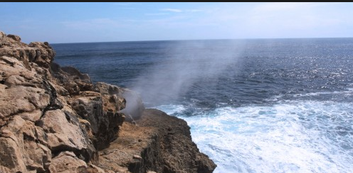 Pantai Jonggring Saloko Malang Terkenal Panorama Alamnya Kab