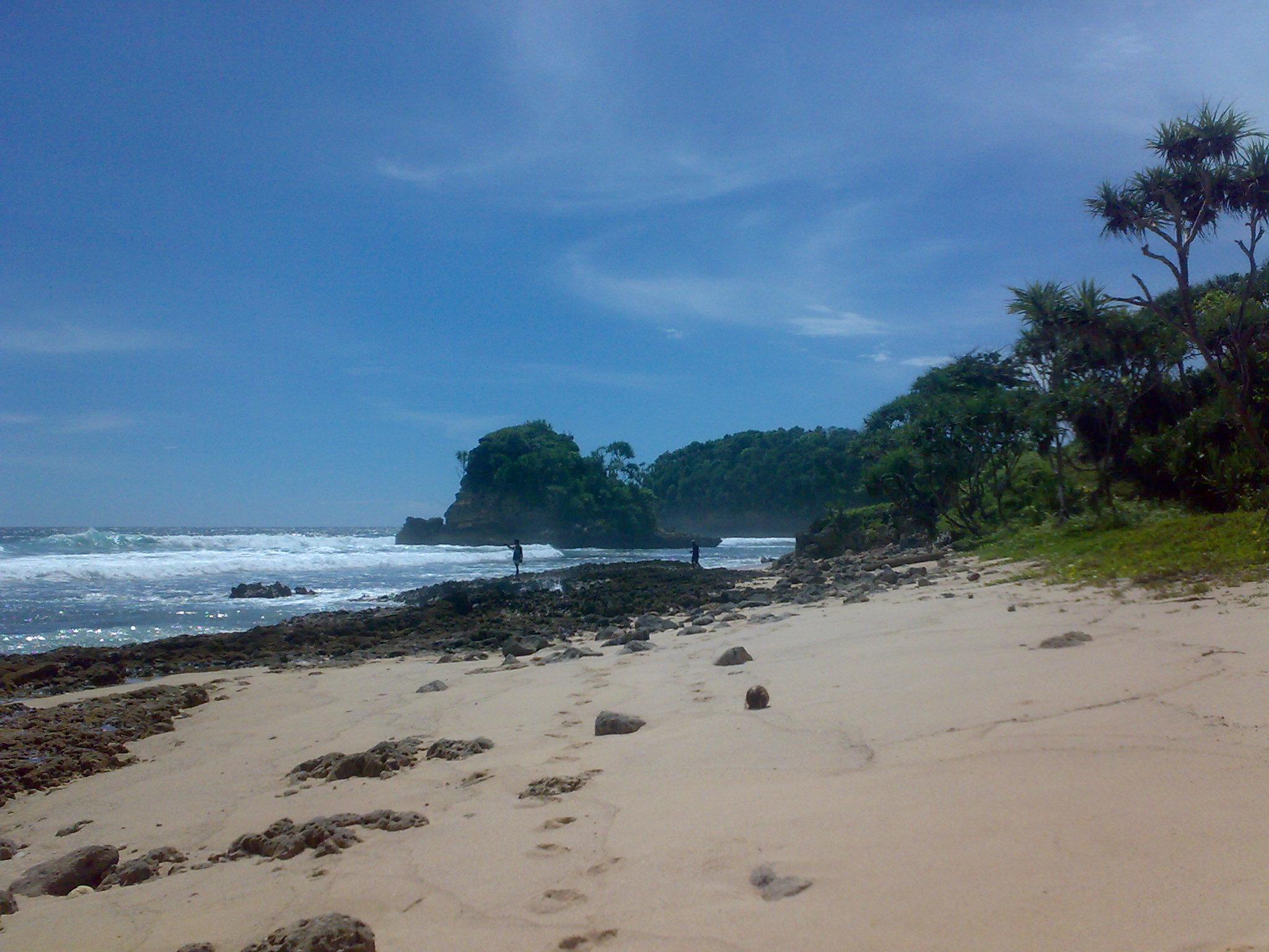 Pantai Jongreng Saloko Kecamatan Donomulyo Pesona Malang Memang Tidak Bisa
