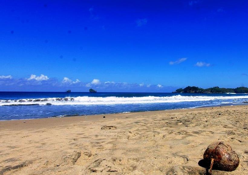 27 Wisata Pantai Hits Malang Deketin Bajul Mati Kaliapus Kab