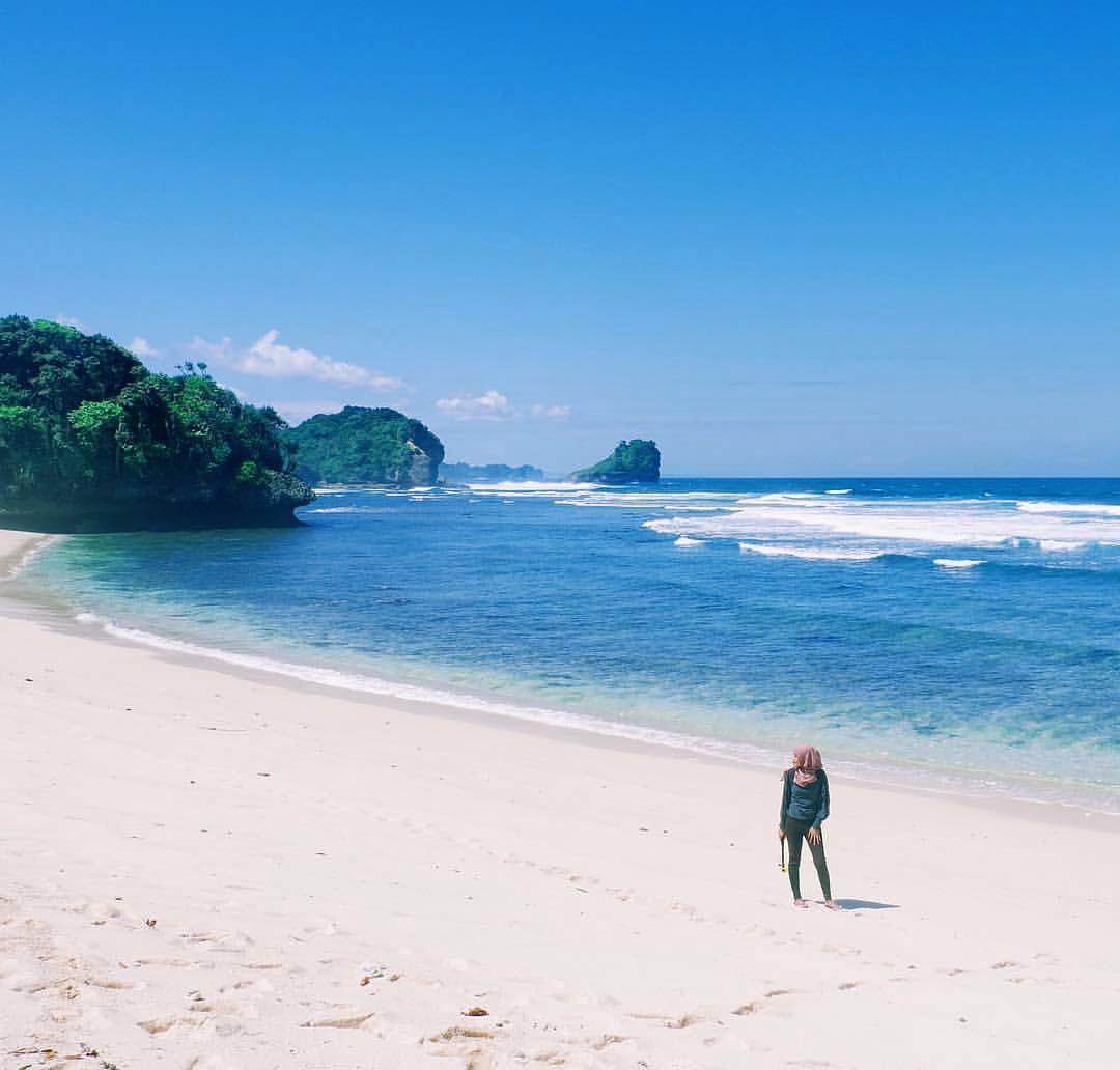 6 Pantai Favorit Generasi Milenial Malang Pulodoro Kabupaten Dolan Dolen