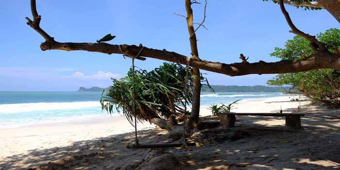 Pantai Batu Pelengkap Wisata Sendiki Ngalam Kaliapus Kab Malang