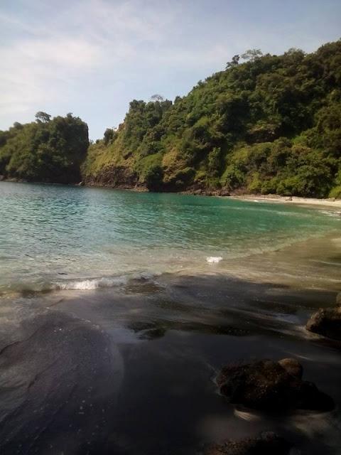 Pantai Kleweng Malang Raya Letak Dusun Licin Desa Lebakharjo Kecamatan
