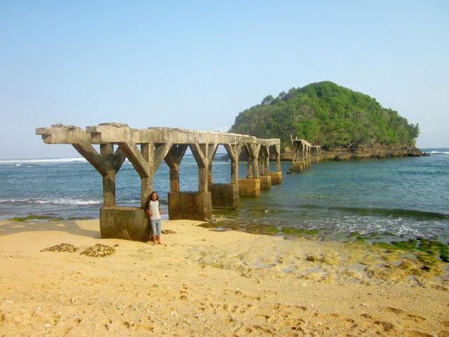 Pantai Malang Raya Mbatu Views Kaliapus Kab