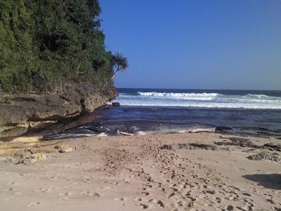Pantai Malang Raya Tours Krambilan Wetan Lokasi Desa Bandungrejo Kecamatan