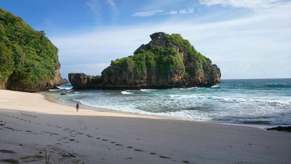 Pantai Malang Raya Whiempy Kaliapus Kab
