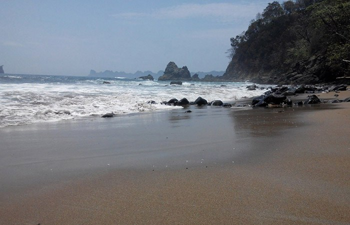 Pantai Weden Cilik Secuil Kemolekan Kompleks Sendiki Malang Fb Wedencilik