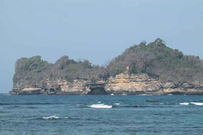 Rante Wulung Pantai Kaliapus Kab Malang