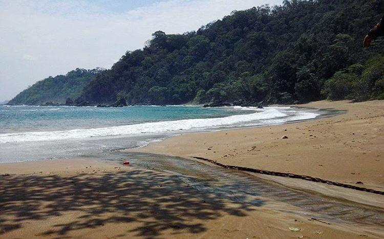 Wisata Pantai Kaliapus Malang Salah Satu Kab Pemandangan Alamnya Eksotis