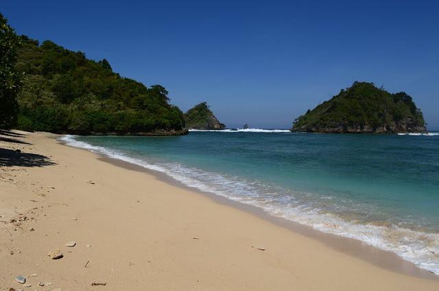Wisata Pantai Malang Whiempy Kaliapus Kab