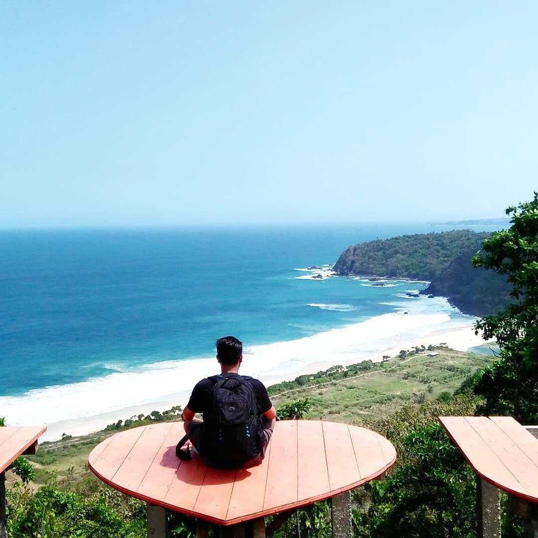 10 Pesona Pesisir Pantai Modangan Malang Udah Tau Dolaners Bukit