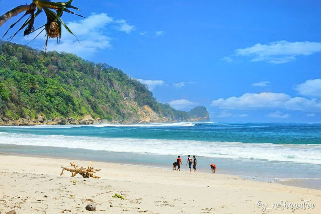 10 Pesona Pesisir Pantai Modangan Malang Udah Tau Dolaners Pasir