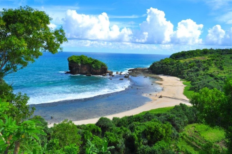 20 Wisata Pantai Populer Menawan Malang Selatan Kondang Iwak Modangan