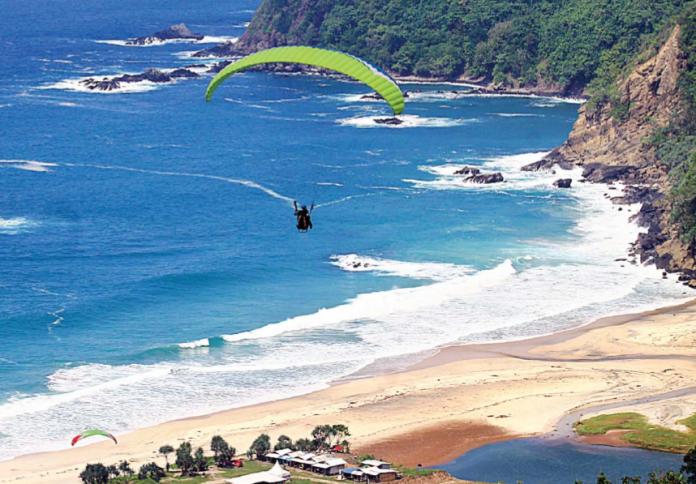 Kabupaten Malang Resmi Punya Wisata Paralayang Radar Online Pantai Modangan