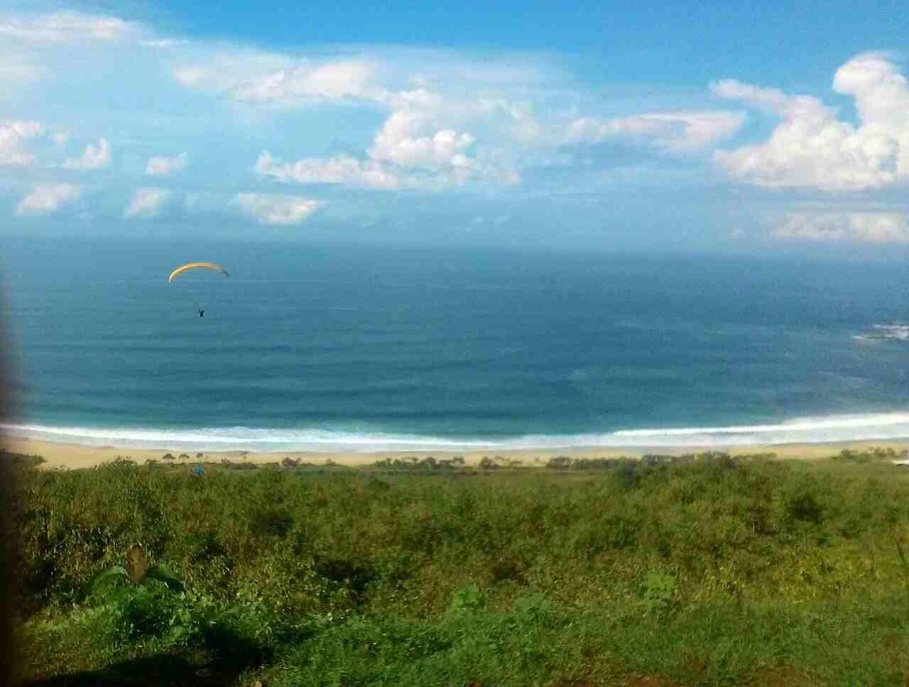 Merasakan Sensasi Paralayang Bukit Waung Pantai Modangan Ist Kab Malang