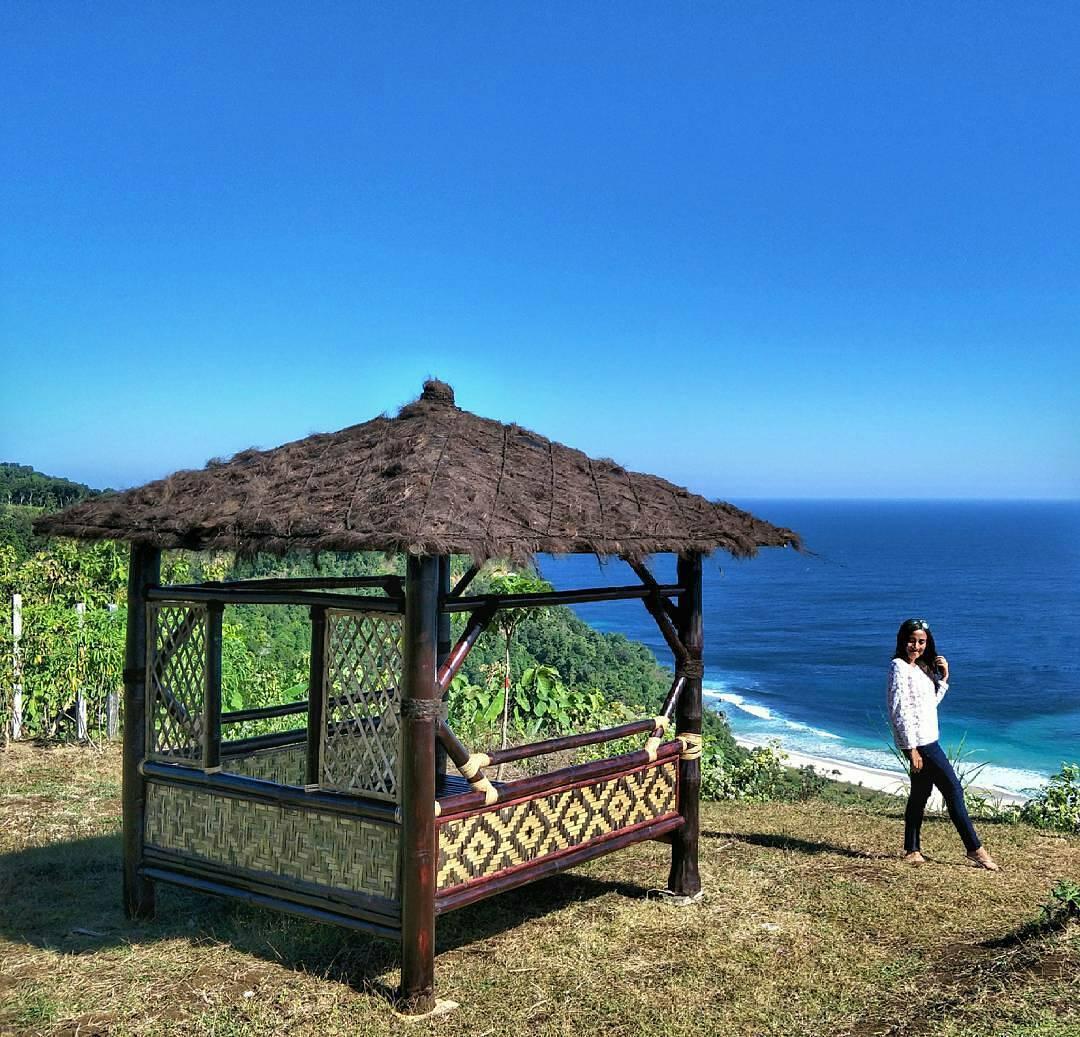 Nery Agustin 12 Loc Bukit Waung Pantai Modangan Malang Kab