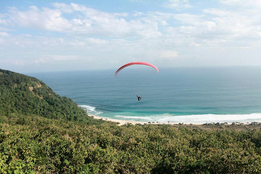 Tonjolkan Spot Paralayang Kawasan Modangan Jadi Destinasi Wisata Dirgantara Fajar