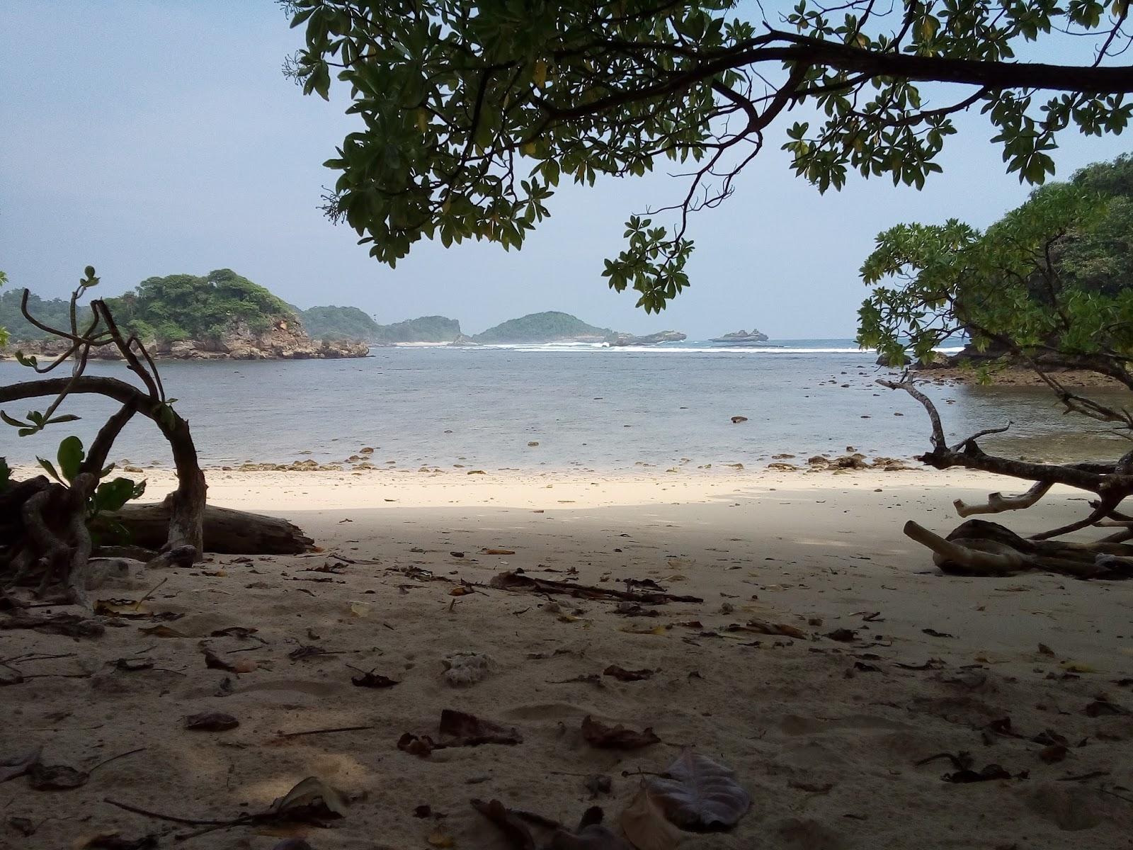 Pantai Banyu Meneng Ombaknya Sediam Namanya Esok Hari Nanti Selok