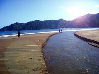 10 Pantai Terindah Malang Pemandangan Alamnya Sipelot Coban Kab