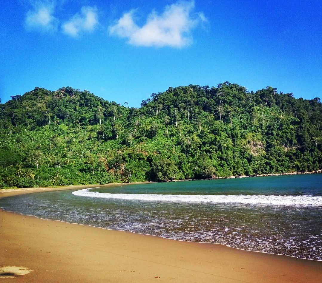 Pantai Sipelot Alaminya Tempat Persinggahan Belanda Malang Jawa Timur Coban