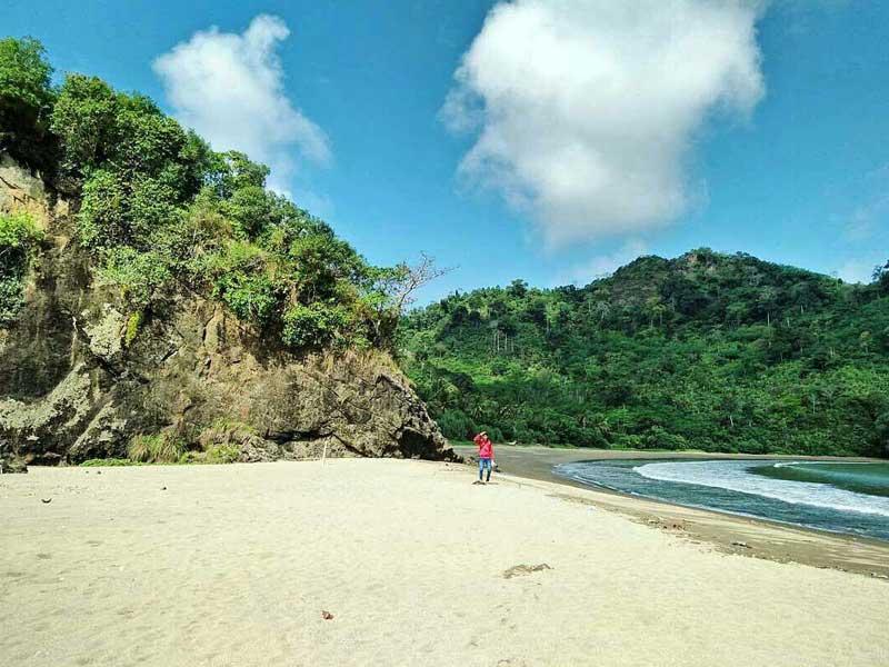 Pantai Sipelot Eksotis Malang Selatan Amazing Coban Kab