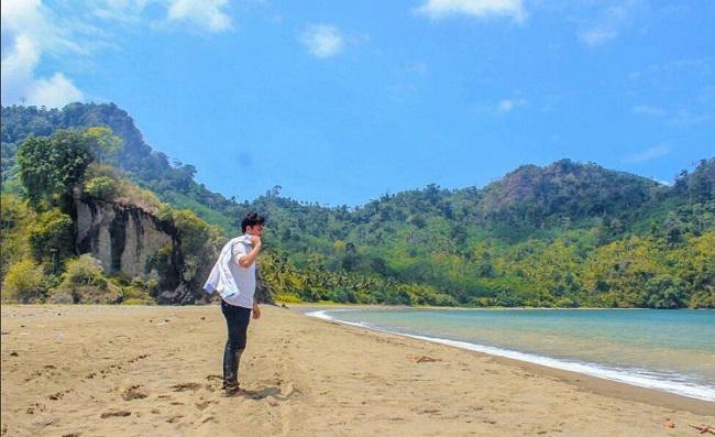Pantai Sipelot Pujiharjo Tumpel Gading Malang Jawa Timur Harga Tiket