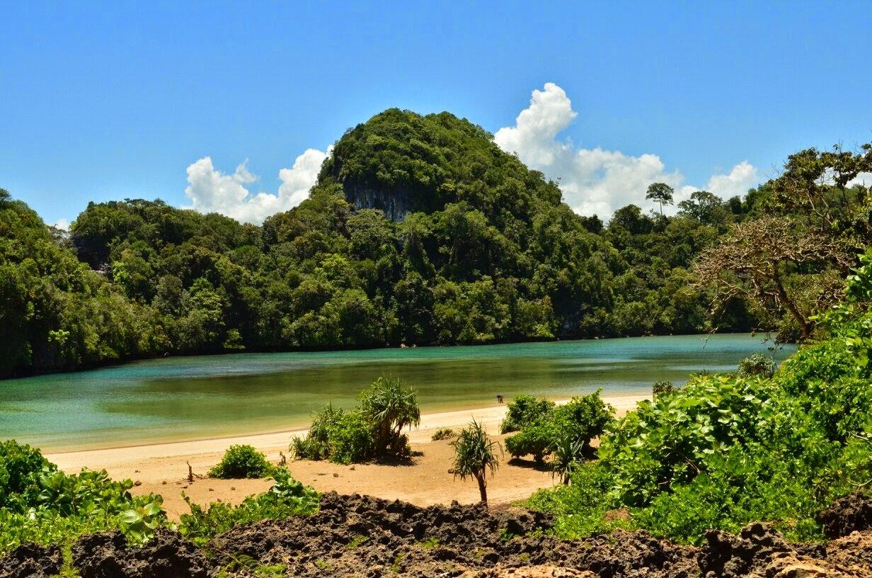 Zhafira Trans Travel Malang Juanda Sumber Maron Pantai Segara Anakan