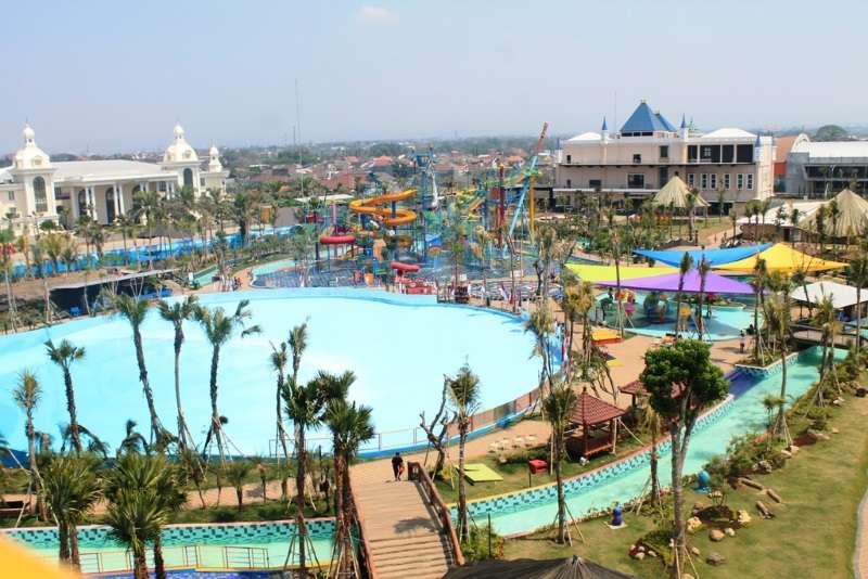 Hawai Water Park Wahana Air Terbesar Malang Paket Wisata Taman