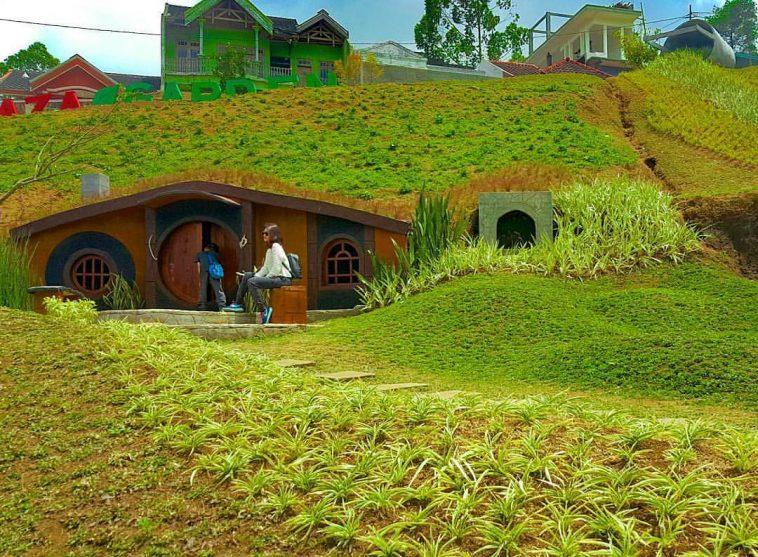 Rumah Kelinci Batu Malang Ala Film Hobbit Jeng Taman Sumber