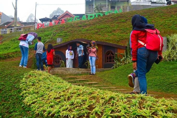 Taman Kelinci Malang Wisata Edukasi Cocok Liburan Keluarga Berselfie Rumah
