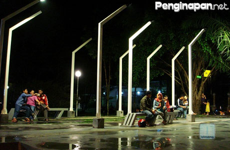 Taman Kunang Malang Penginapan Net 2018 Halomalang Kab