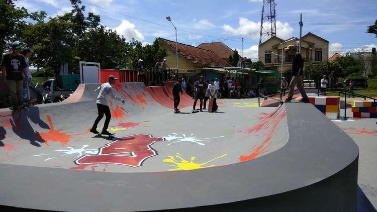 Pantau Aktivitas Taman Singha Lewat Cctv Malangvoice Arena Skateboard Deny
