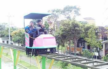 Taman Merjosari Kota Malang Dilengkapi Sepeda Udara Harian Bhirawa Inilah