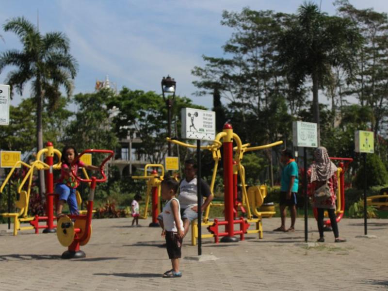 Taman Singha Merjosari Malang Wisata Murah Multifasilitas Aktivitas Gym Kab