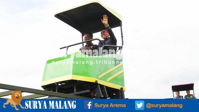 Wahana Sepeda Udara Taman Singha Kota Malang Berikan Warna Jagad